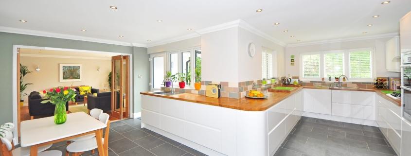 clean kitchen tiles