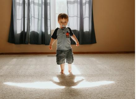 baby barefoot